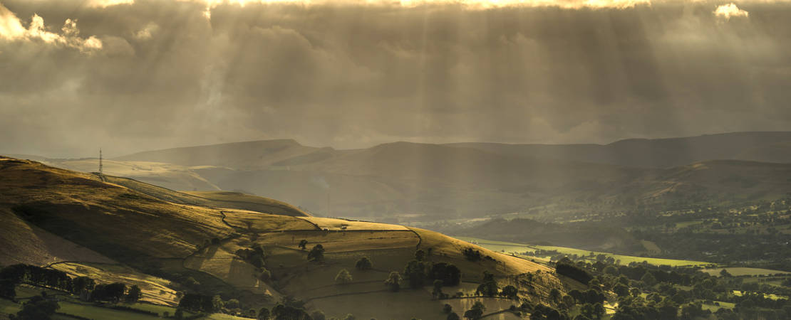 Summer rays over the Hope Valley Peak District